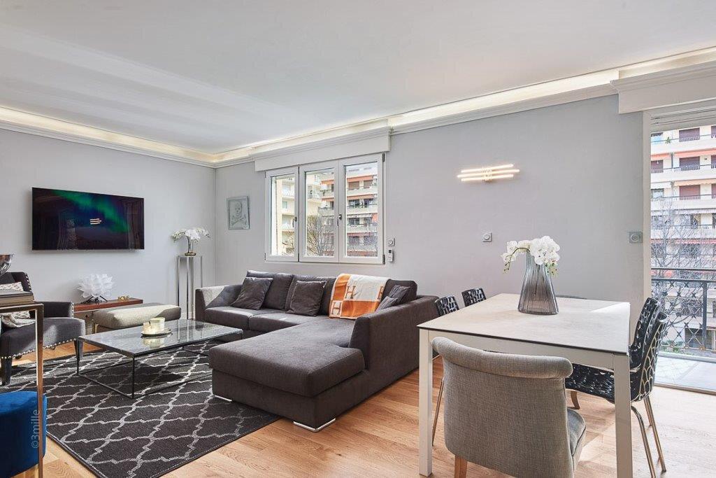 Appartement à vendre 3 61.45m2 à Cannes vignette-8