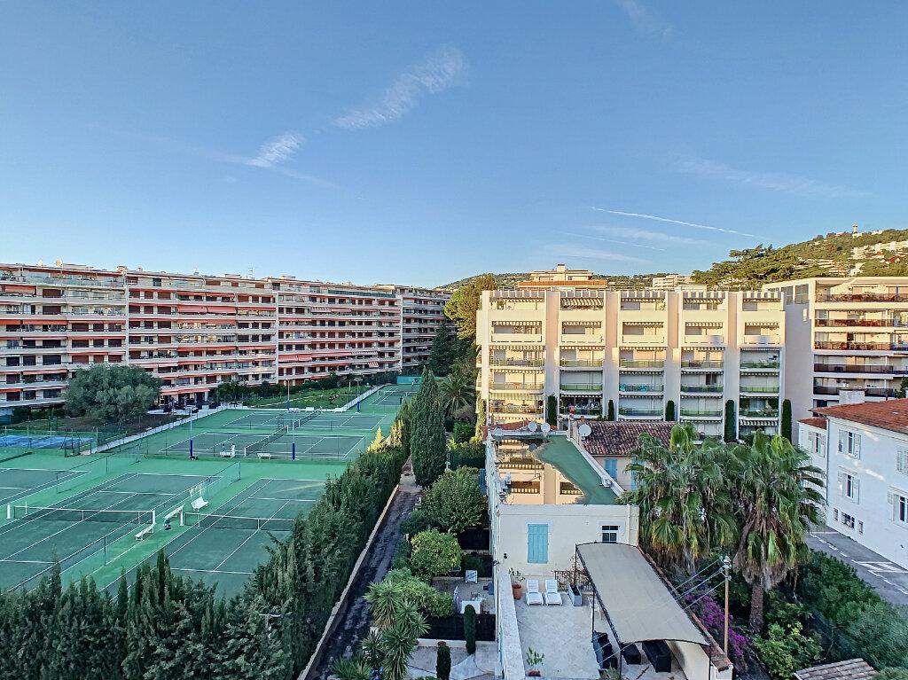Appartement à vendre 3 68.51m2 à Cannes vignette-3