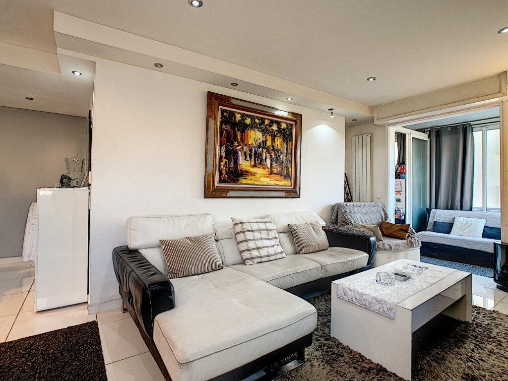 Appartement à vendre 3 68.51m2 à Cannes vignette-7