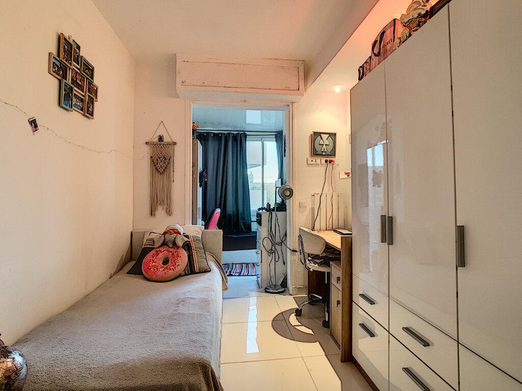 Appartement à vendre 3 68.51m2 à Cannes vignette-11