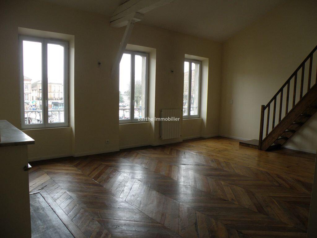 Appartement à louer 3 60m2 à Gaillac vignette-1