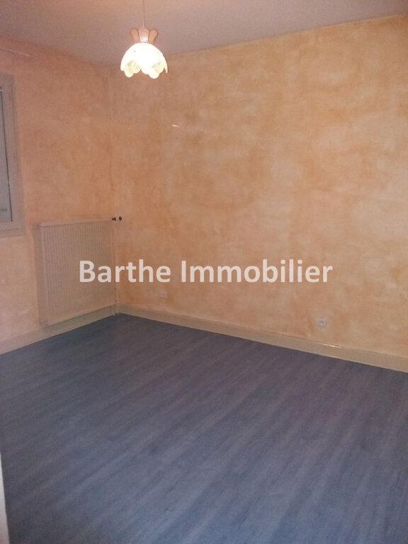 Maison à louer 5 130m2 à Castelnau-de-Lévis vignette-6