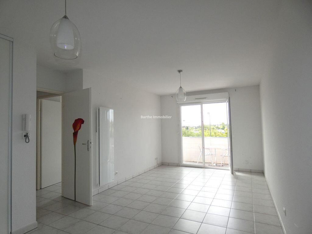 Appartement à louer 2 43m2 à Gaillac vignette-1