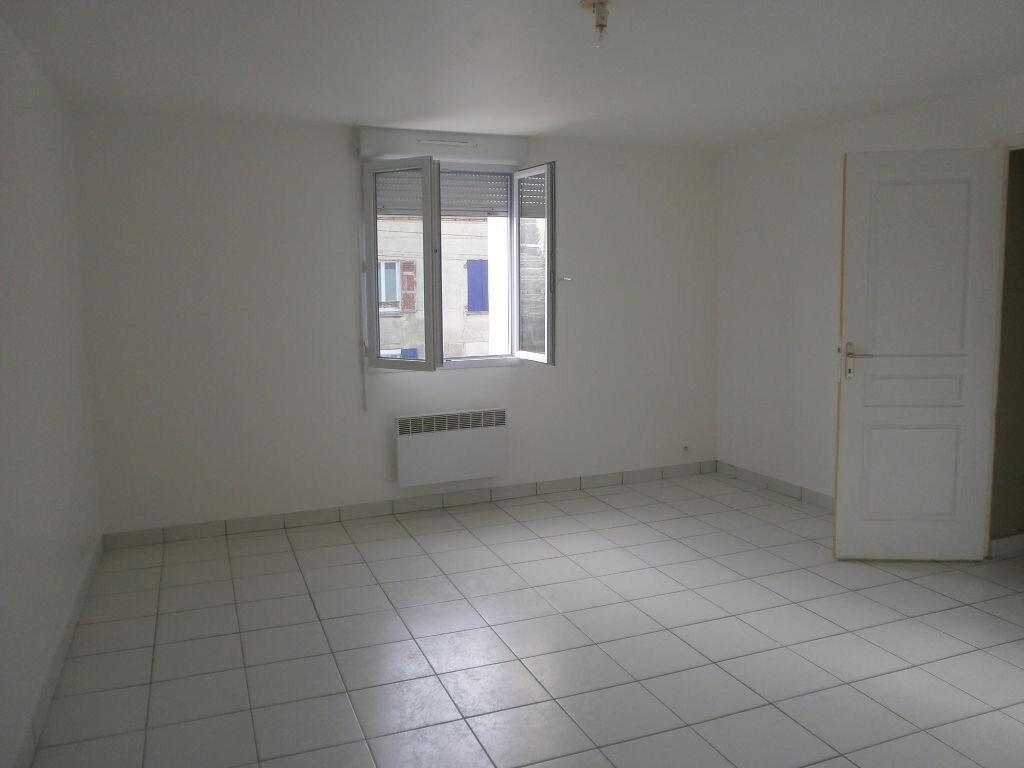 Appartement à louer 4 78.08m2 à Penchard vignette-3