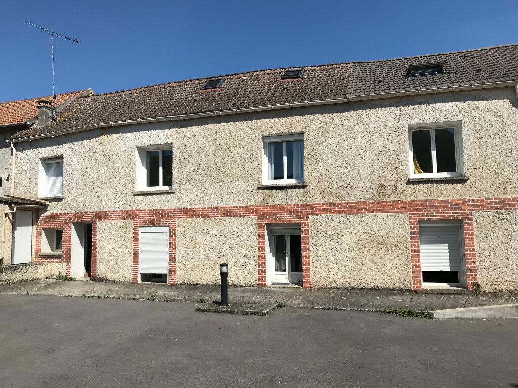 Appartement à vendre 1 19.25m2 à Crégy-lès-Meaux vignette-1