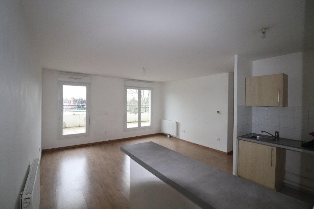 Appartement à louer 3 65.04m2 à Meaux vignette-1