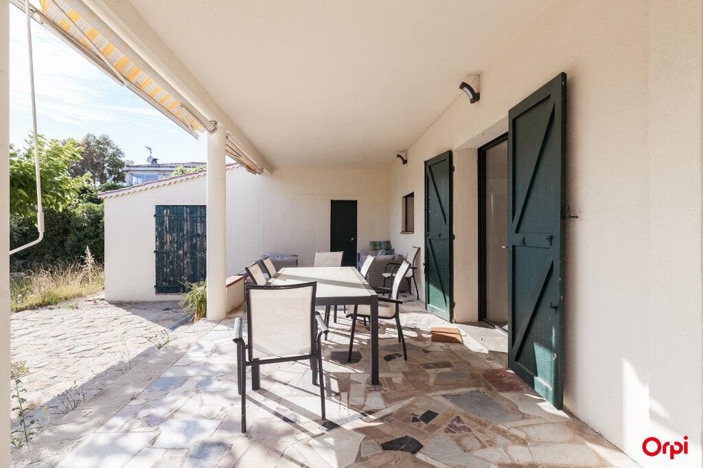 Maison à vendre 7 160m2 à Châteaurenard vignette-11
