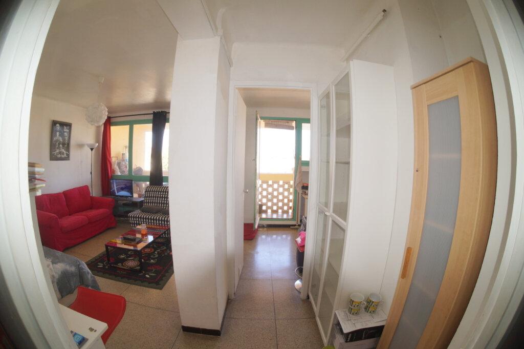 Appartement à louer 1 36m2 à Marseille 4 vignette-5