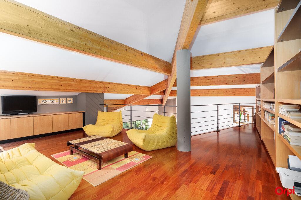 Maison à vendre 5 240m2 à Aubagne vignette-8