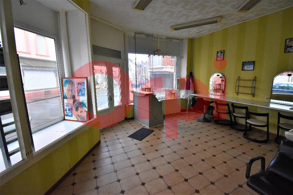 Maison à vendre 4 170m2 à Calais vignette-8