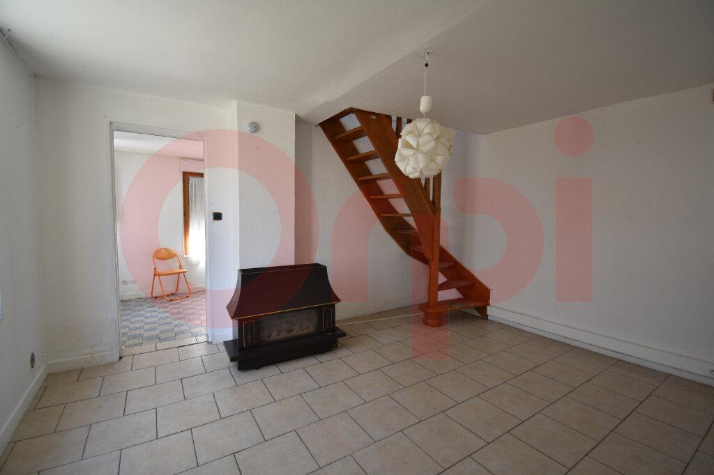 Maison à vendre 4 105m2 à Calais vignette-3