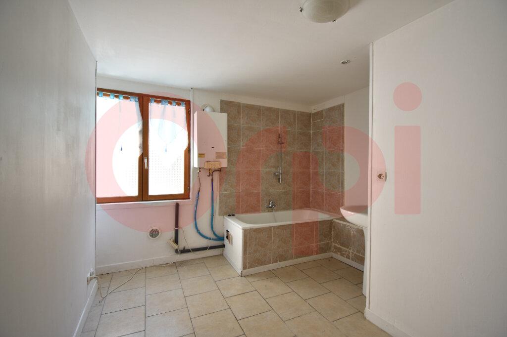 Maison à vendre 4 105m2 à Calais vignette-5
