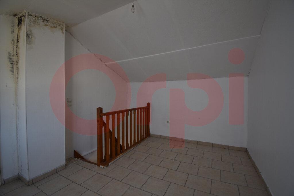 Maison à vendre 4 105m2 à Calais vignette-7