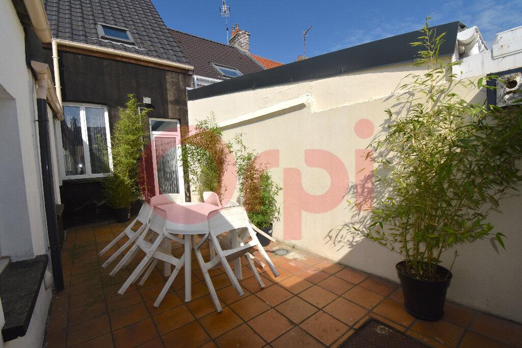 Maison à vendre 4 100m2 à Calais vignette-3