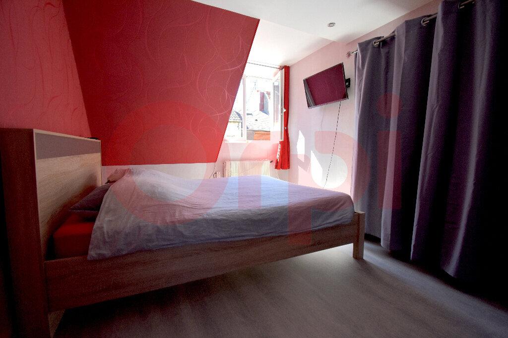 Maison à vendre 4 100m2 à Calais vignette-5