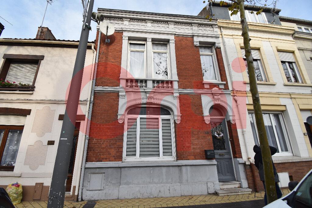 Maison à vendre 5 183m2 à Calais vignette-1
