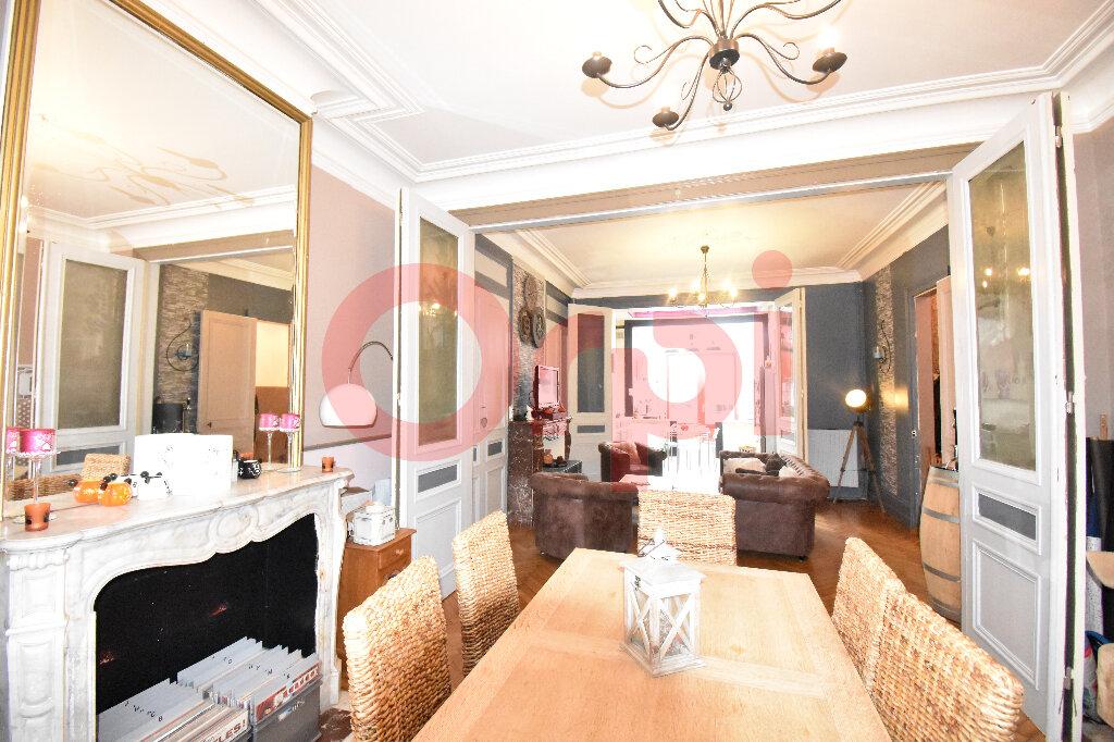 Maison à vendre 5 183m2 à Calais vignette-3
