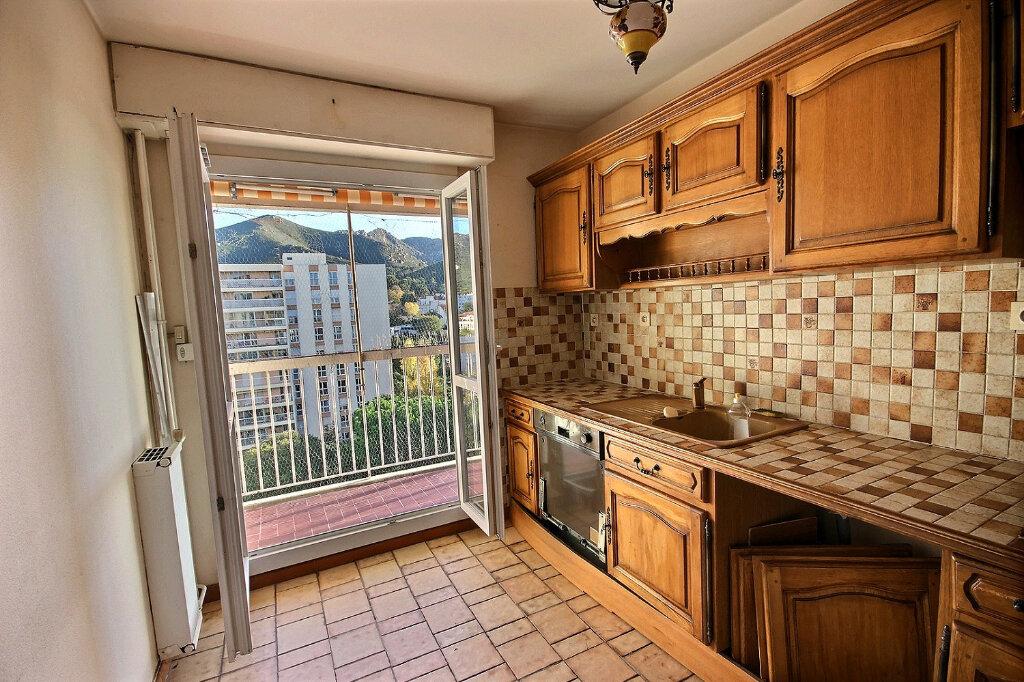 Appartement à vendre 4 75.78m2 à Marseille 11 vignette-3