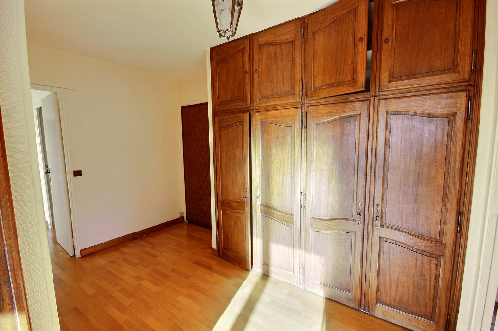 Appartement à vendre 4 75.78m2 à Marseille 11 vignette-5
