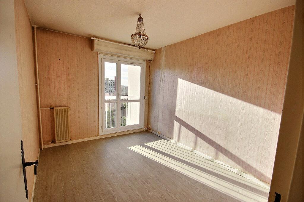 Appartement à vendre 4 75.78m2 à Marseille 11 vignette-7