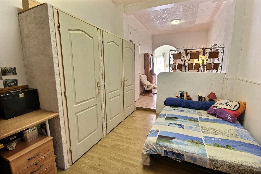 Appartement à vendre 2 51m2 à Marseille 3 vignette-3