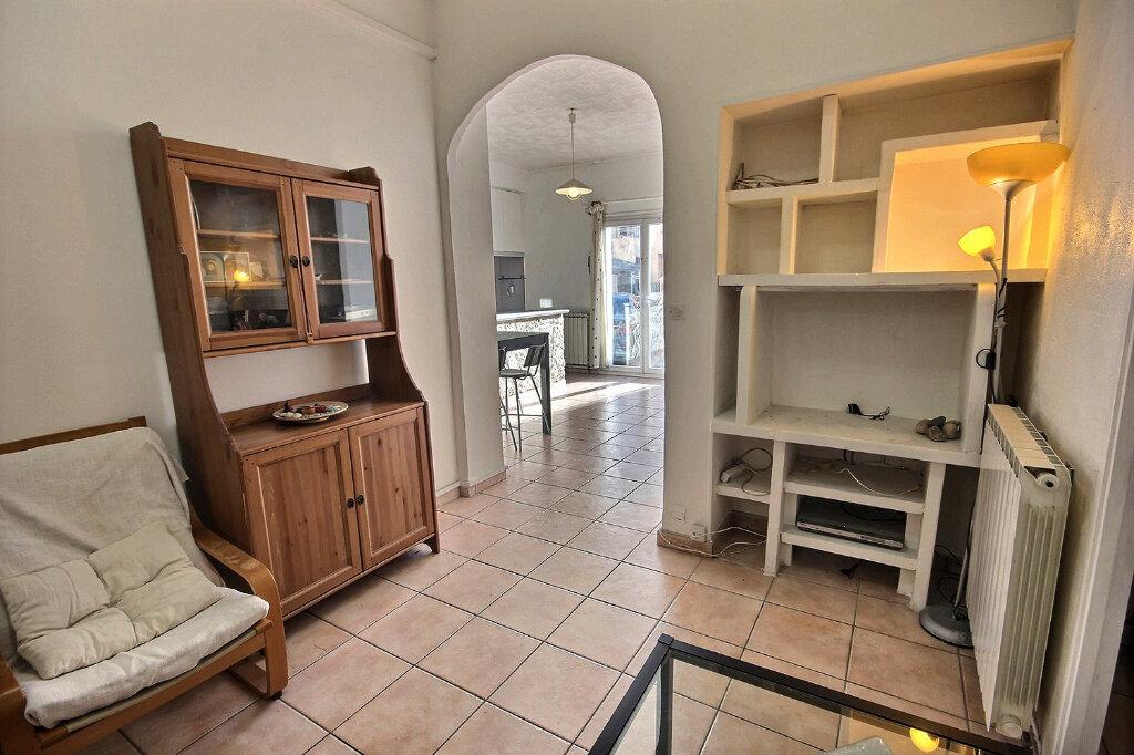 Appartement à vendre 2 51m2 à Marseille 3 vignette-4
