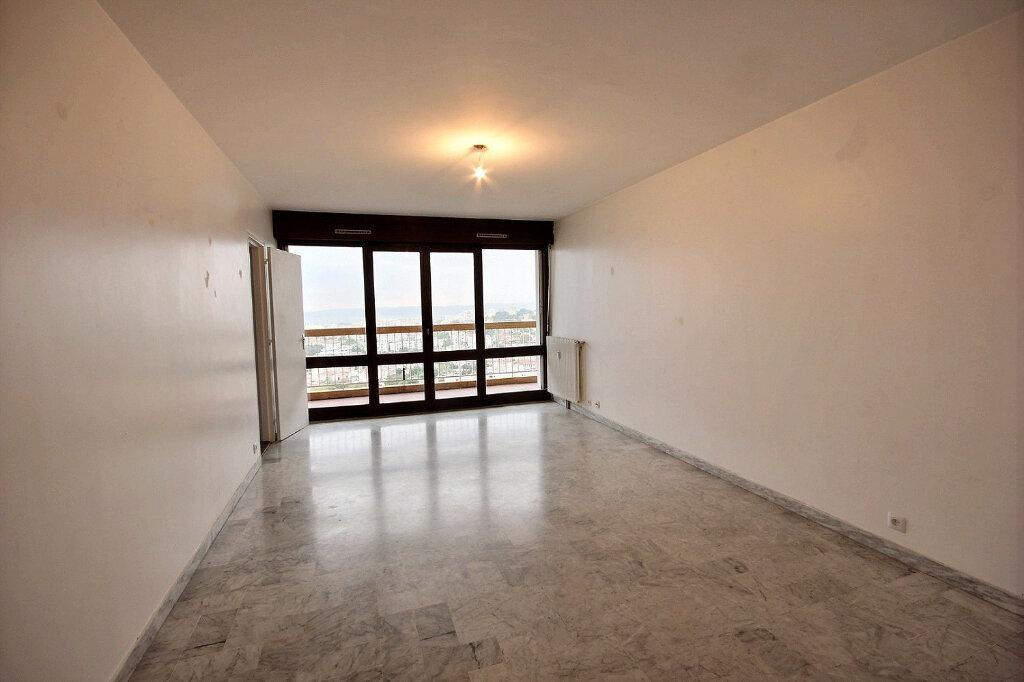 Appartement à louer 4 100.32m2 à Marseille 12 vignette-2