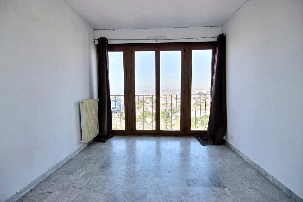 Appartement à louer 4 84.38m2 à Marseille 12 vignette-5