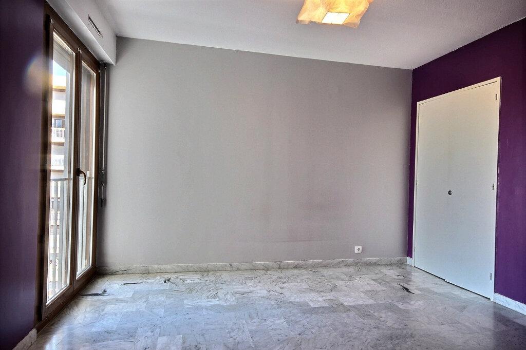 Appartement à louer 4 100.32m2 à Marseille 12 vignette-8