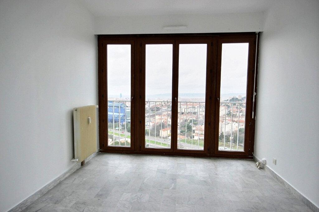 Appartement à louer 4 86.55m2 à Marseille 12 vignette-6
