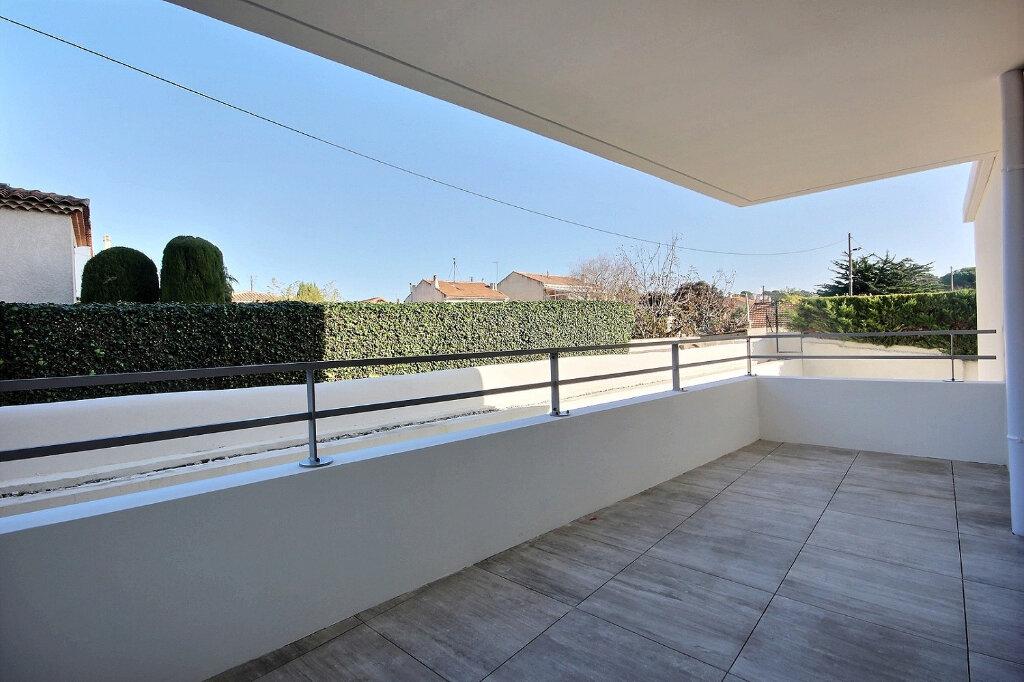 Appartement à louer 3 54.55m2 à Marseille 12 vignette-1