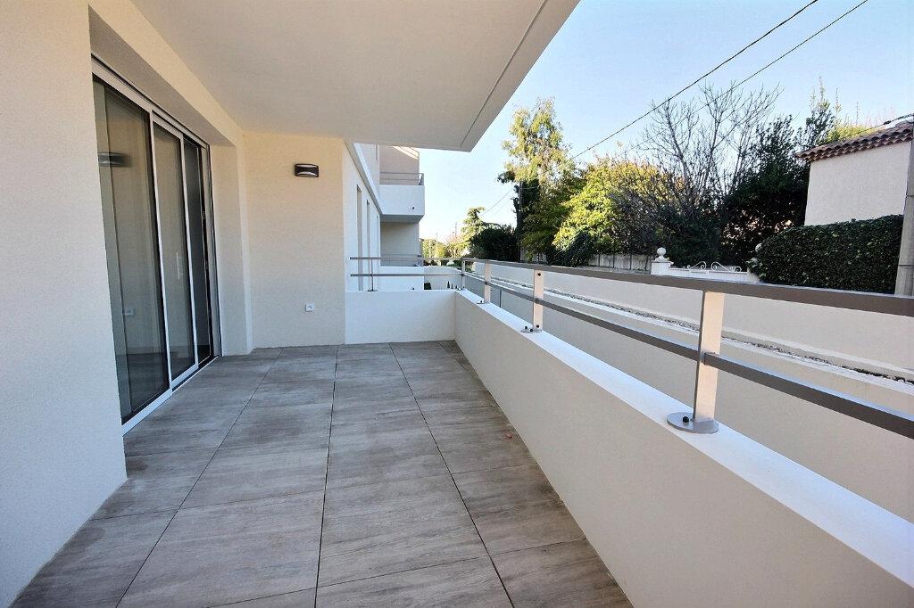 Appartement à louer 3 54.55m2 à Marseille 12 vignette-2