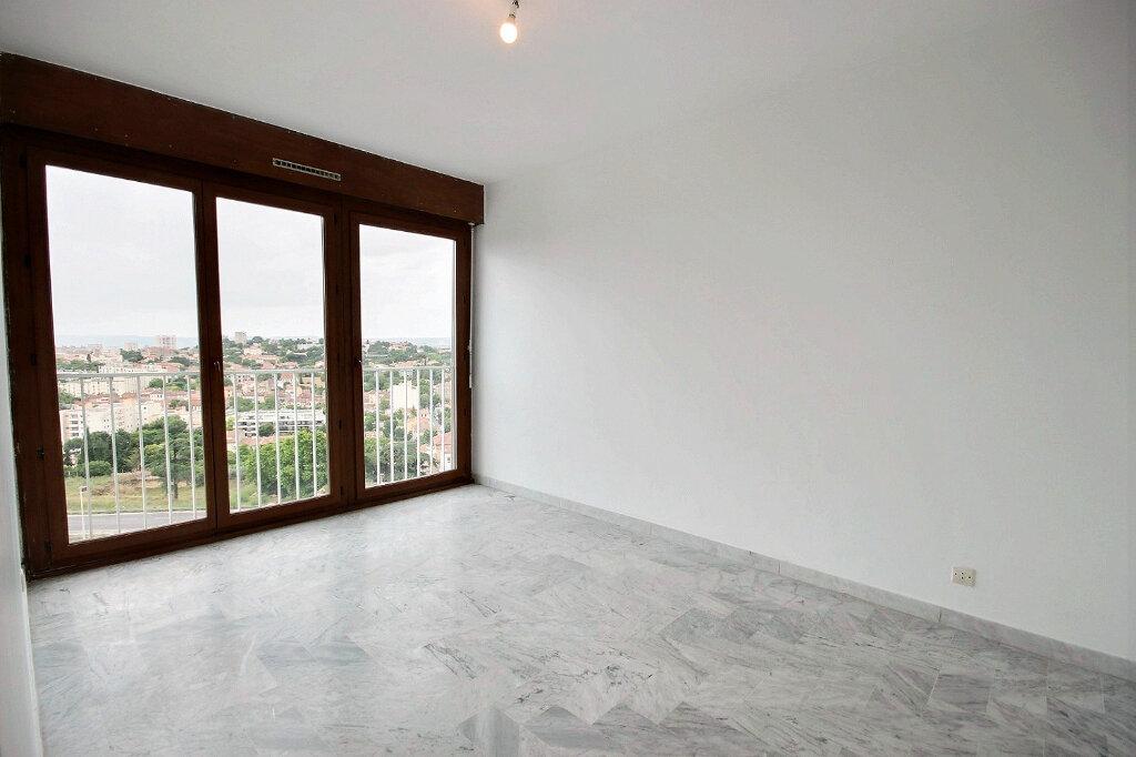 Appartement à louer 4 85m2 à Marseille 12 vignette-4