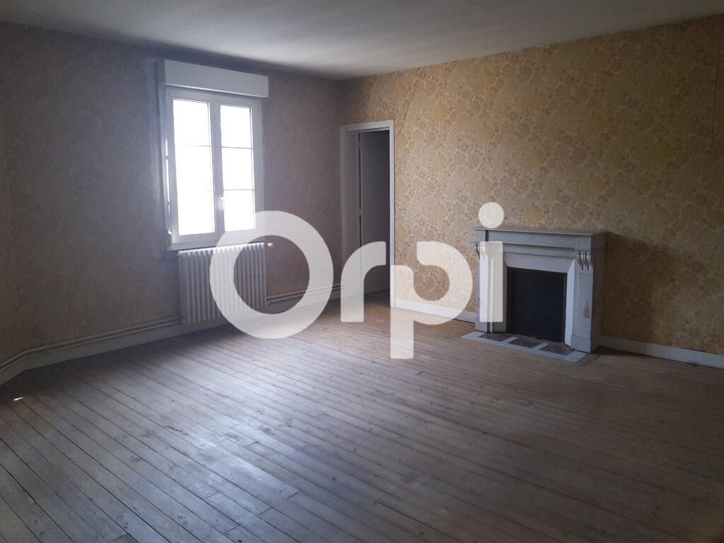 Immeuble à vendre 0 152m2 à Soissons vignette-2