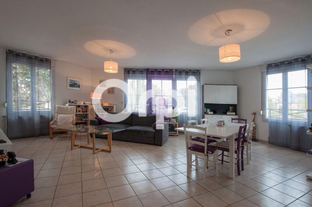 Appartement à vendre 4 105m2 à Soissons vignette-3