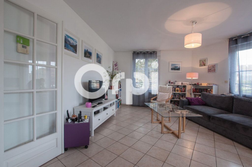 Appartement à vendre 4 105m2 à Soissons vignette-4