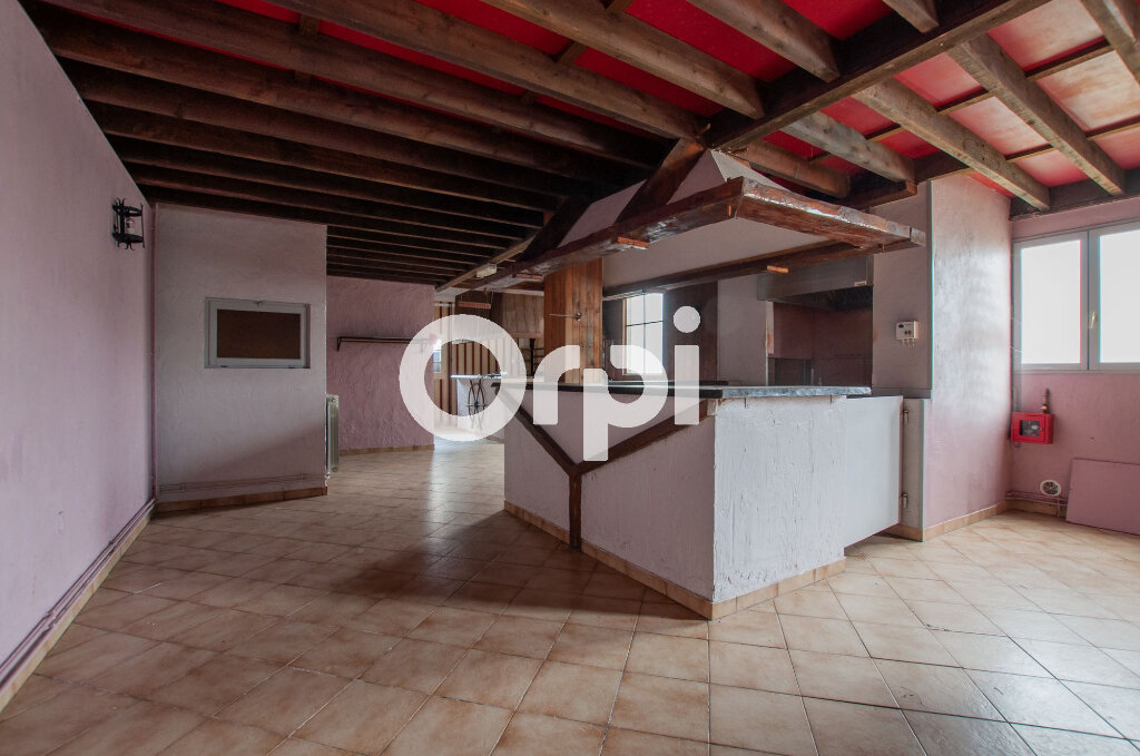 Immeuble à vendre 0 347m2 à Soissons vignette-2