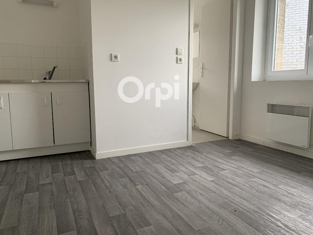 Appartement à louer 1 30m2 à Landricourt vignette-1
