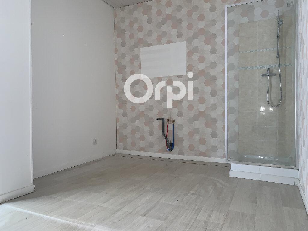 Appartement à louer 1 75m2 à Braine vignette-2