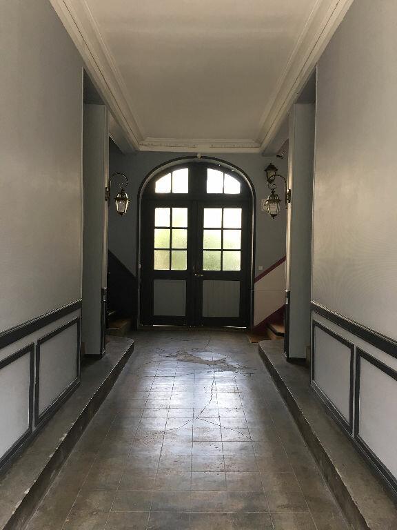 Appartement à louer 4 88.37m2 à Soissons vignette-10