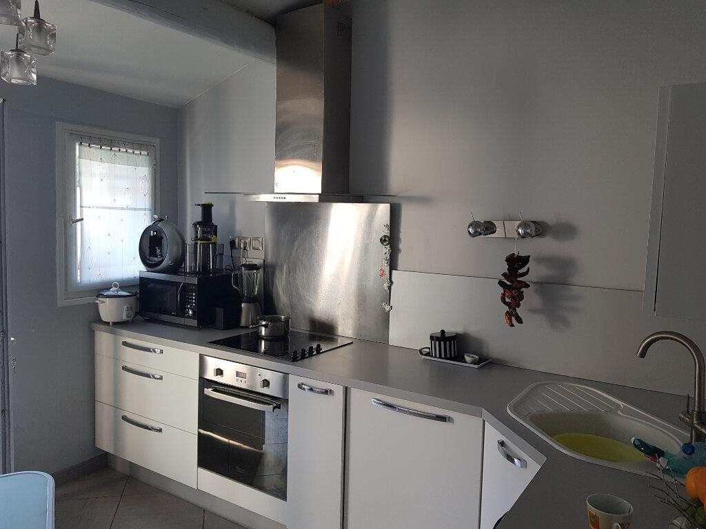Maison à vendre 3 63m2 à Martigues vignette-4