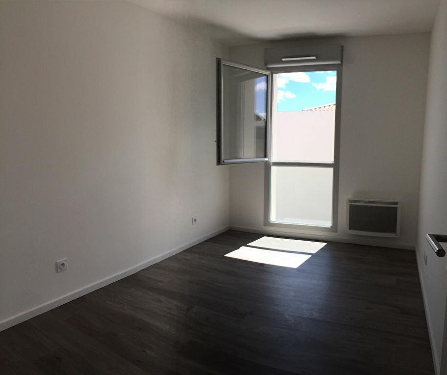 Appartement à louer 3 59.59m2 à Istres vignette-5