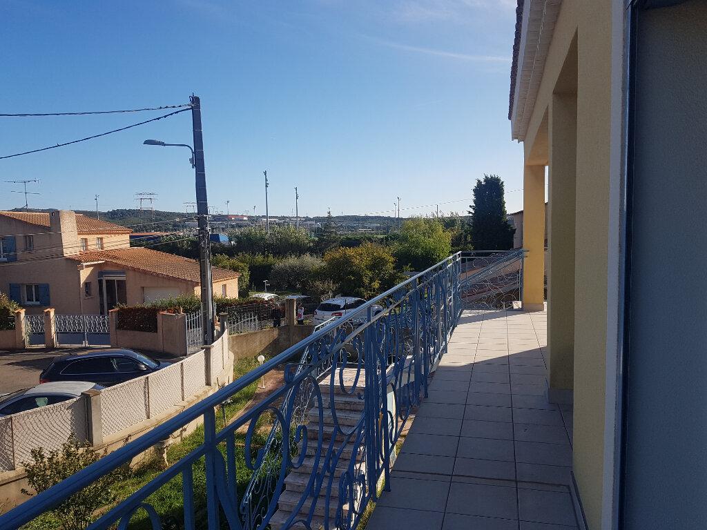 Appartement à vendre 4 110m2 à Martigues vignette-1