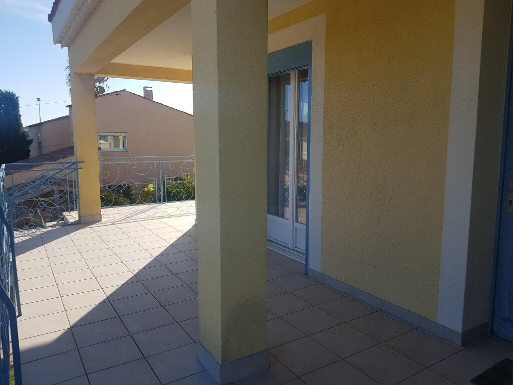Appartement à vendre 4 110m2 à Martigues vignette-3