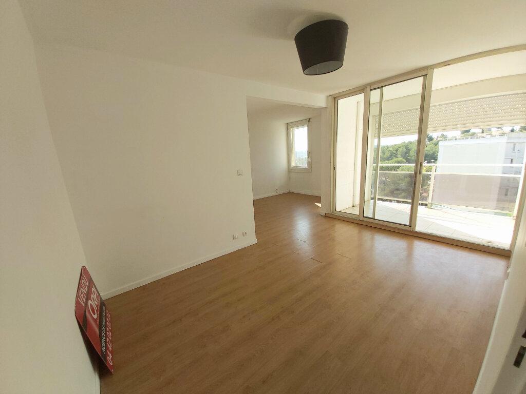 Appartement à louer 3 61.08m2 à Martigues vignette-3