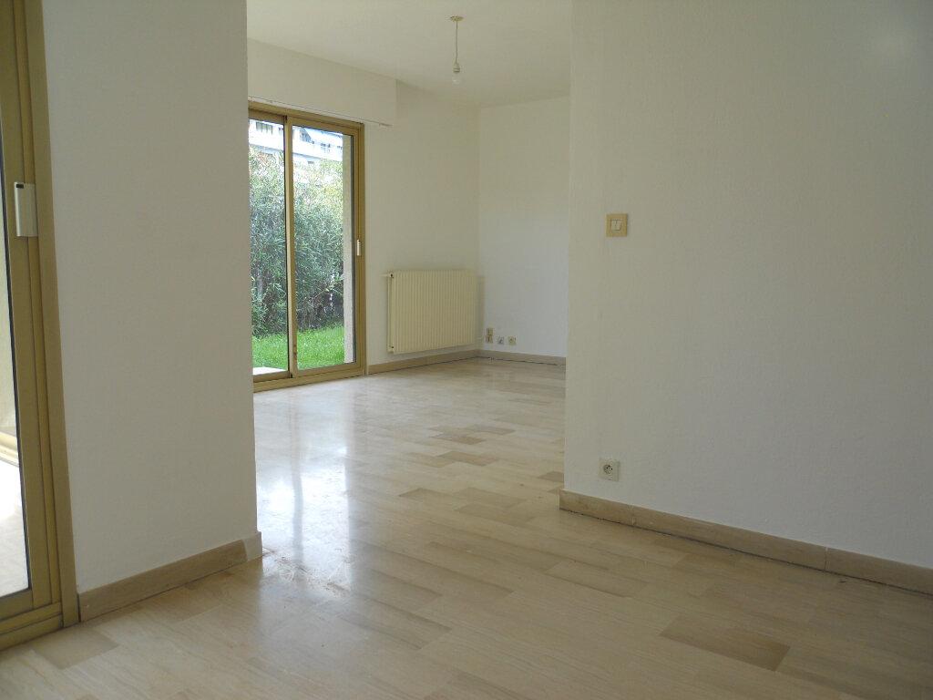Appartement à louer 2 48m2 à Cagnes-sur-Mer vignette-5