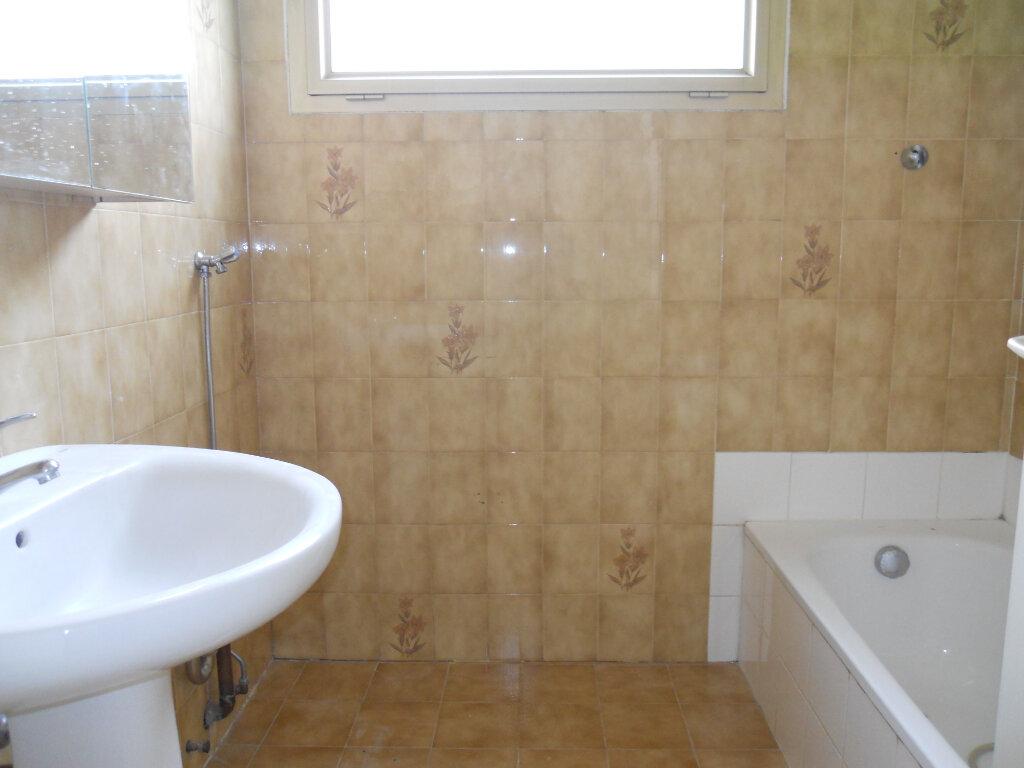 Appartement à louer 2 48m2 à Cagnes-sur-Mer vignette-8