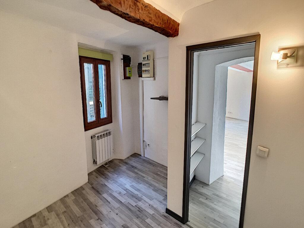 Appartement à louer 3 51.51m2 à Le Bar-sur-Loup vignette-6