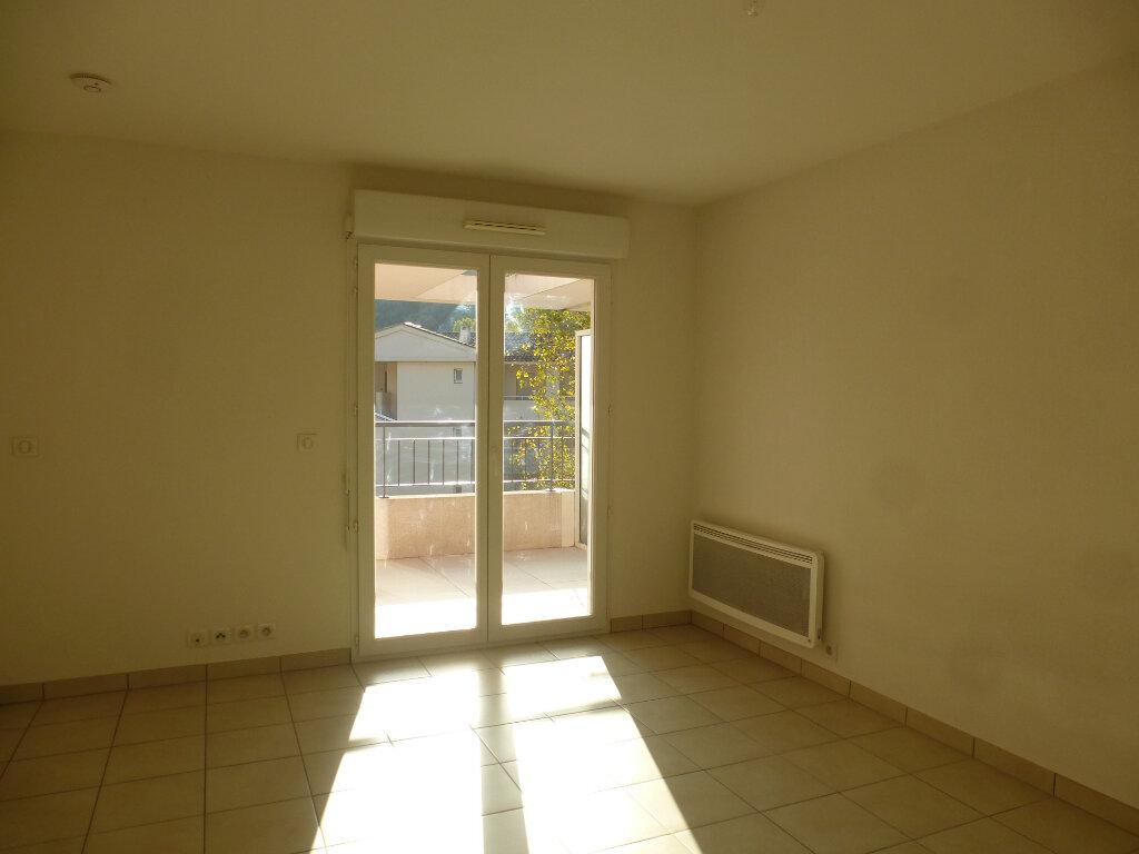 Appartement à louer 2 39.22m2 à Cagnes-sur-Mer vignette-2