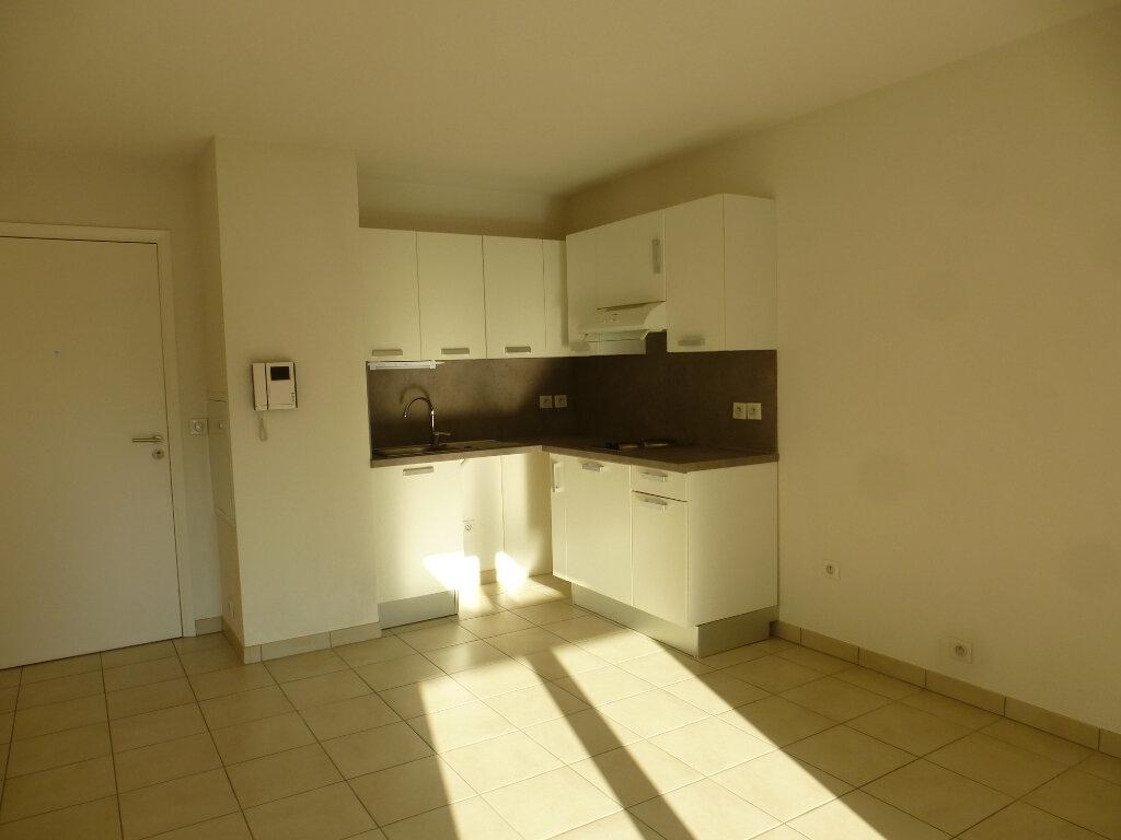 Appartement à louer 2 39.22m2 à Cagnes-sur-Mer vignette-4